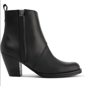 BRAND NEW ACNE STUDIOS Pistol leather ankle boots